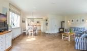 ferienhaus-nordfriesland-broderhus-bude-wohnzimmer